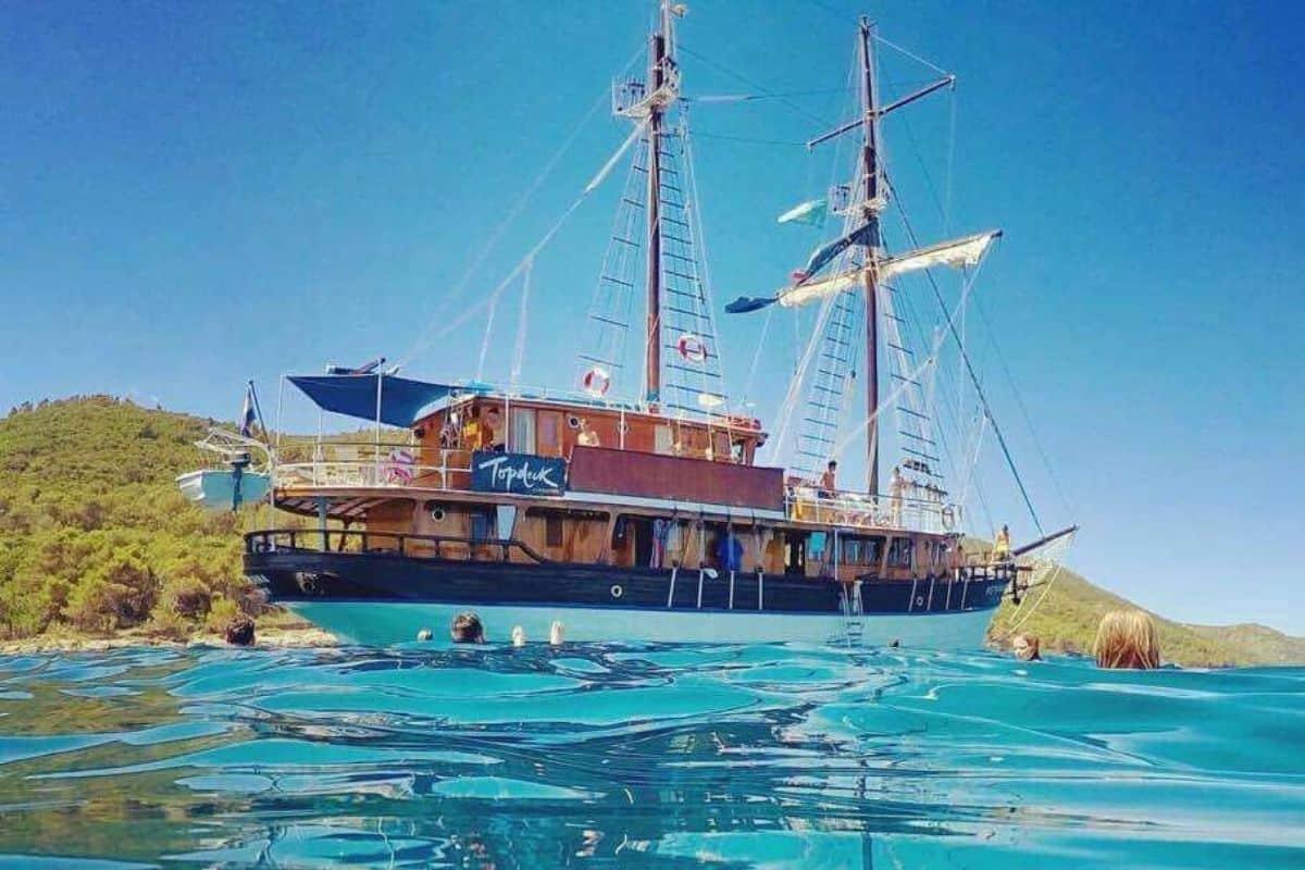 topdeck sail croatia